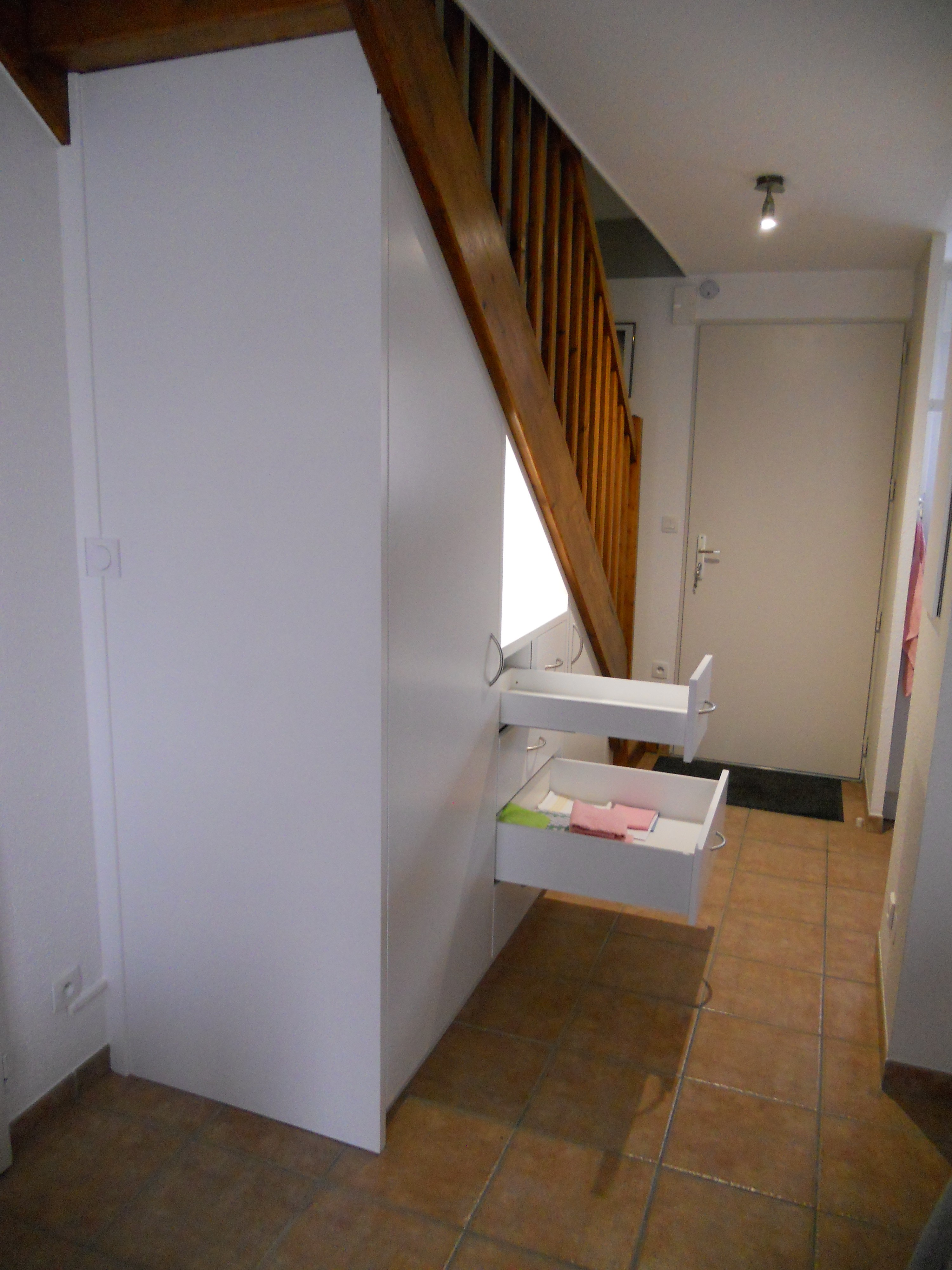meuble sous escalier – brodie agencement