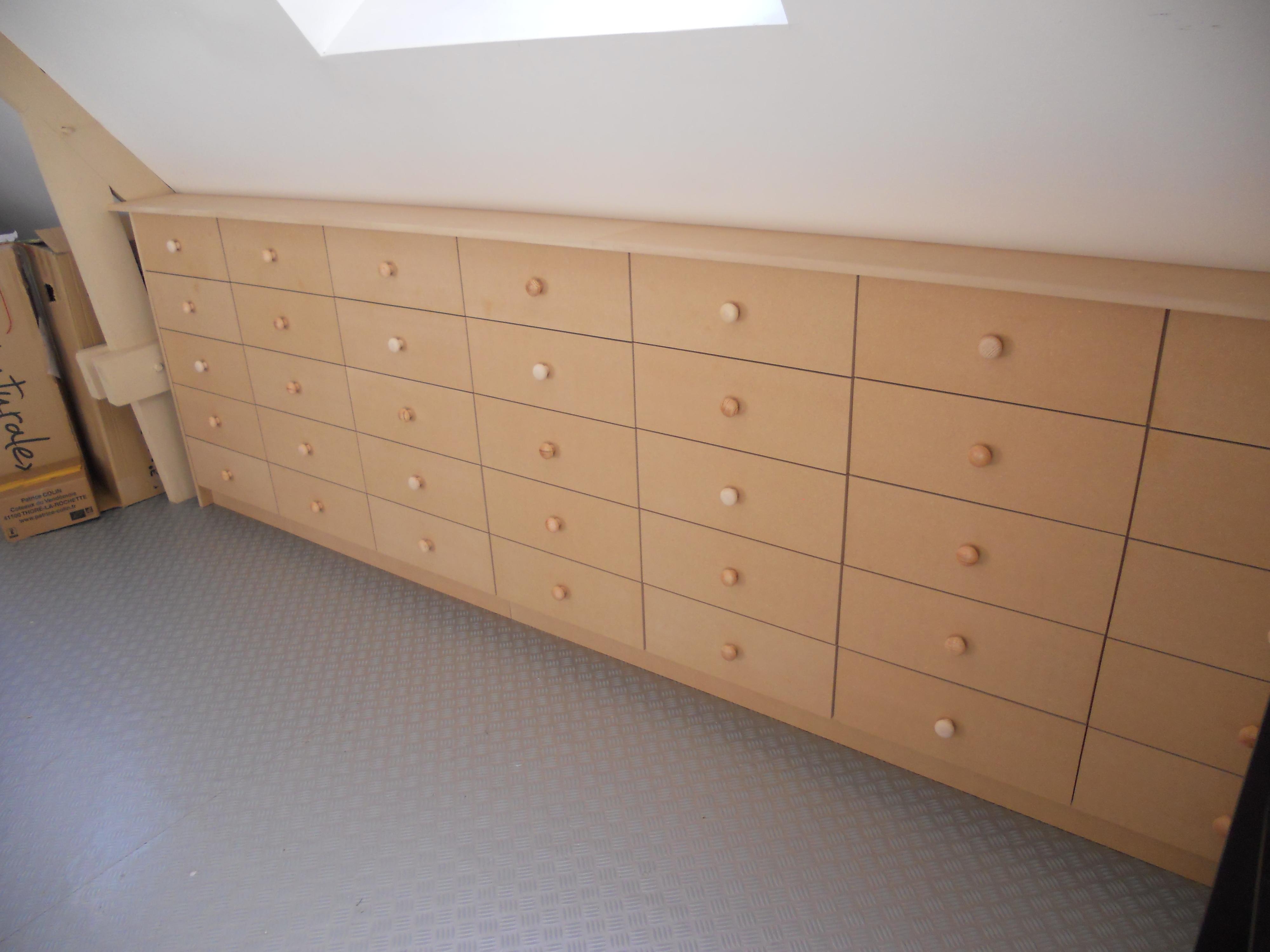 Plan Cuisine Sous Pente meuble avec 35 tiroirs sous pente – brodie agencement